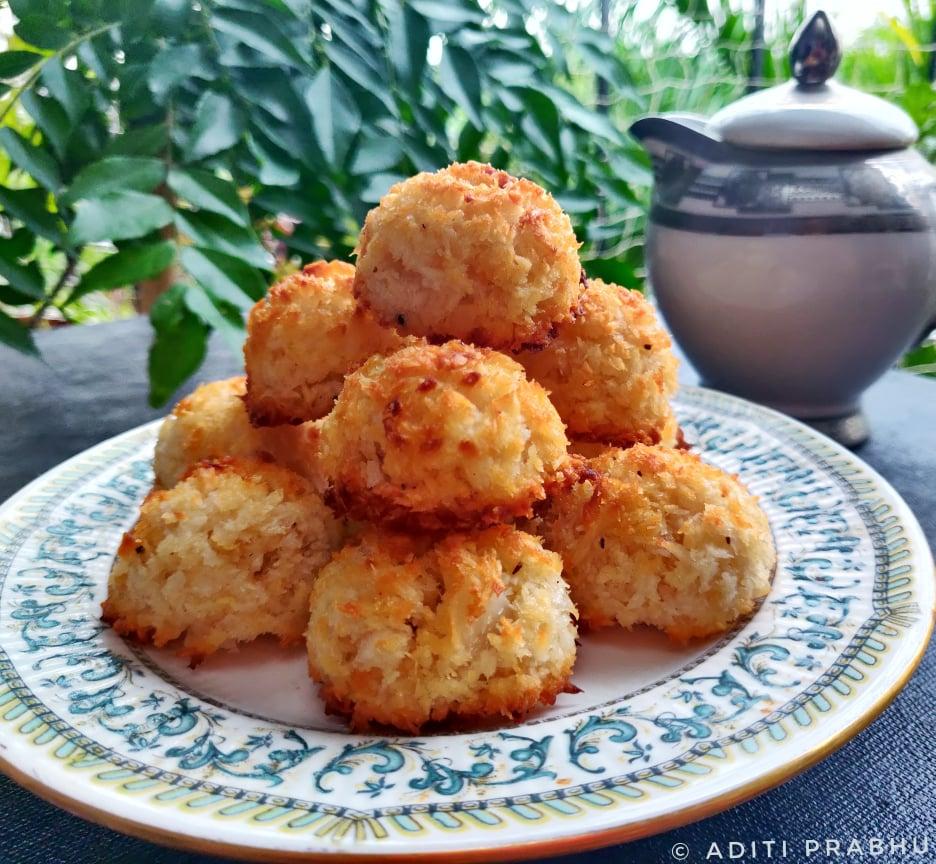 Keto Friendly Coconut Macaroons